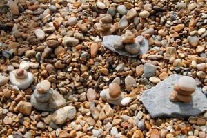 I make piles of stones