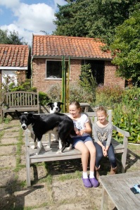 kids and dogs3