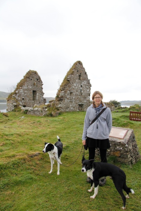 Me (and dogs on leads) being shockingly uninterested in the history of the place.