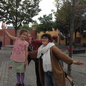 Alison, Anaia and Zoe