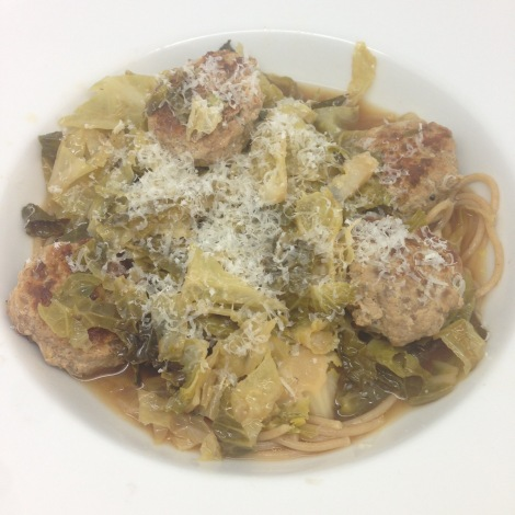 cabbage, broth and turkey meatballs